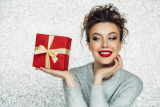 Stylish Luxury Gift Ideas for Women – Treat Her to Something Special